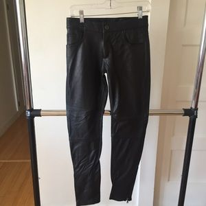 LF Italian leather skinny pants